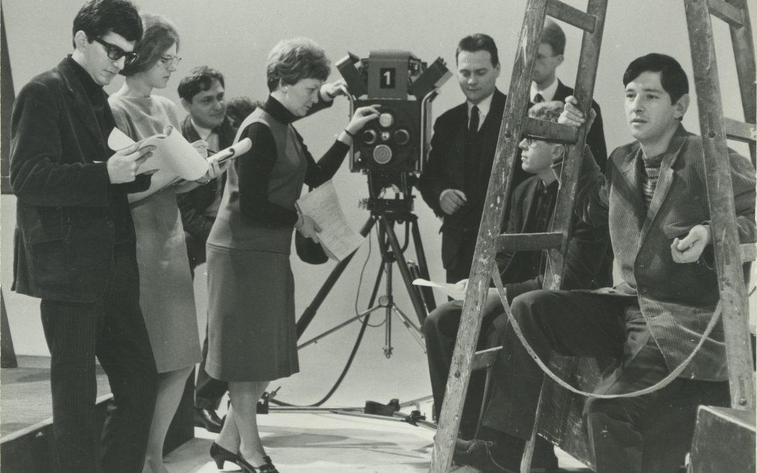 Ob dnevu žena pet kratkih filmov slovenskih režiserk – #nisisama, #samojapomenija